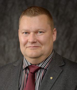 Jyrki Surkka Aliupseeriliiton puheenjohtajaksi